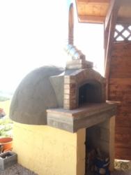 Pizza oven van Casa Cologna Vakantie Abruzzo