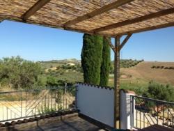 Terras van studio Piceno van Casa Cologna Vakantie in Abruzzo